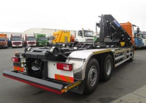 uzywane ciężarówki Hakowiec z HDS sprzedaż leasing kredyt używanych poleasingowych samochodów ciężarowych hakowiec z HDS