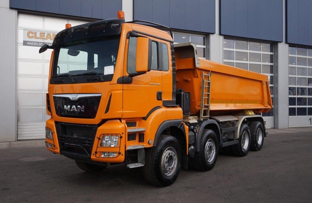 Znalezione obrazy dla zapytania samochód ciężarowy